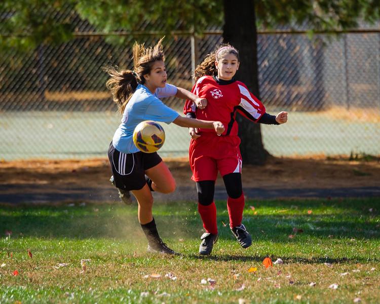 2013-10 Natalia soccer 2595.jpg