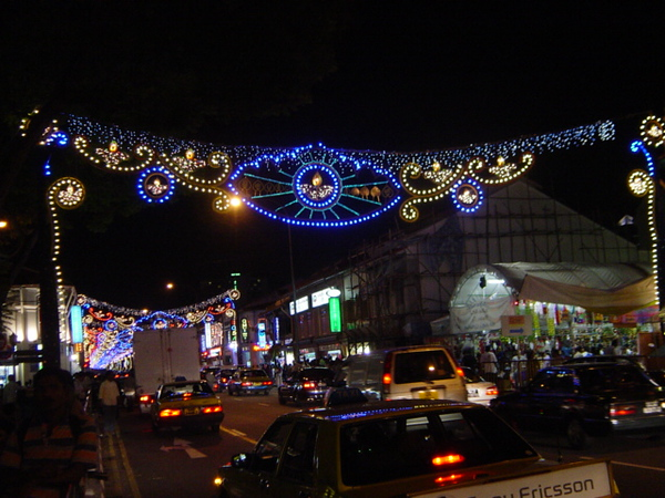 in Sinapore's Little India during Divali