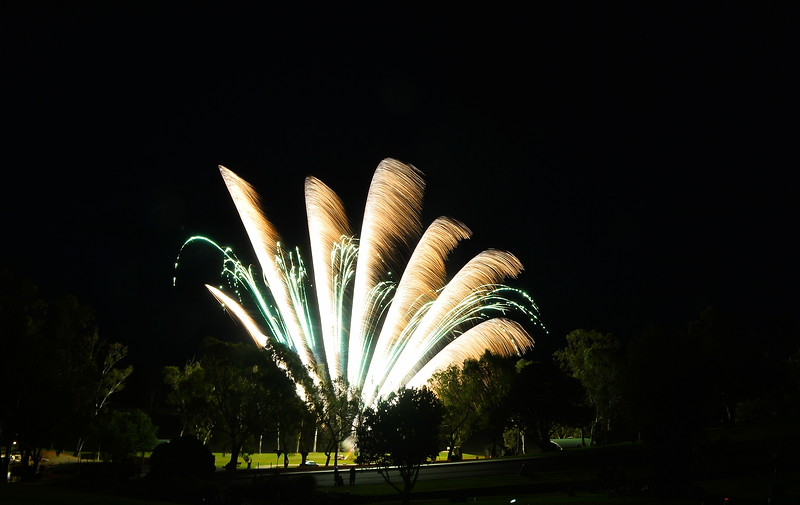 2019 Loxton Lights Up