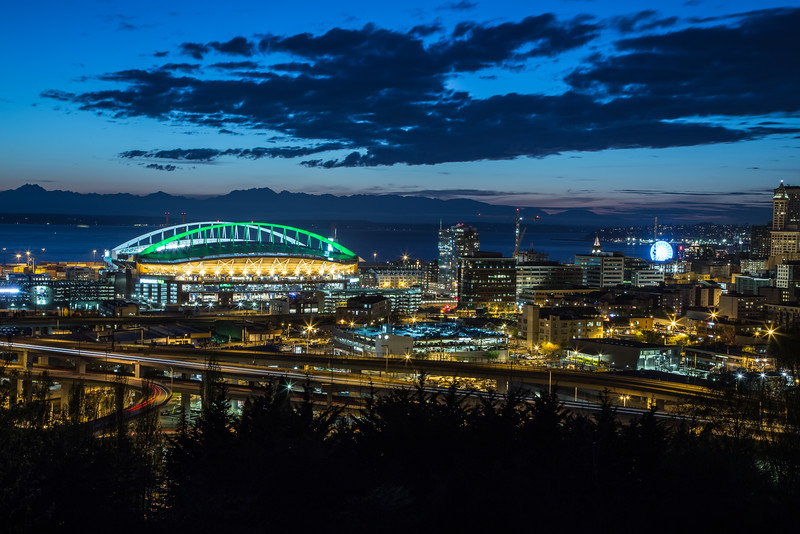 Sunset On The Clink Dressed In Green-051.jpg
