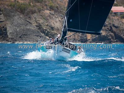 LIQUID - Under Sail