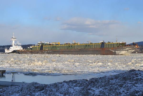 Kirby Viking / DBL 134 Stuck, iced inn Newburgh Landing NY 1/22/14 16:34 hd hrs