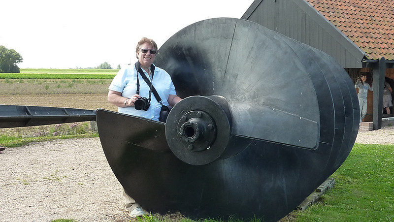 """This is one of the """"screws"""" they use to lift the water out of the lake and into a canal that carry's it to the sea. Believe it or not these enormous windmills are consideded """"portable"""". They had to move them regularly towards the water as the water level dropped."""