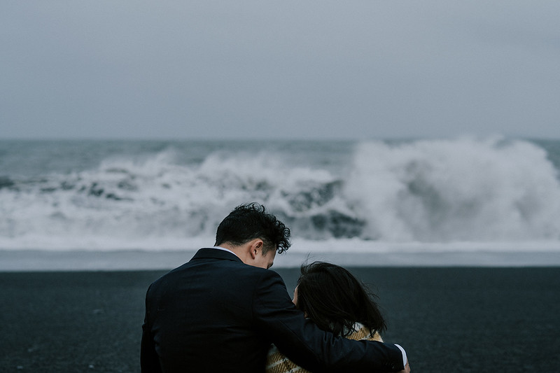 Tu-Nguyen-Destination-Wedding-Photographer-Iceland-Elopement-Fjaðrárgljúfur-16-150a-61.jpg