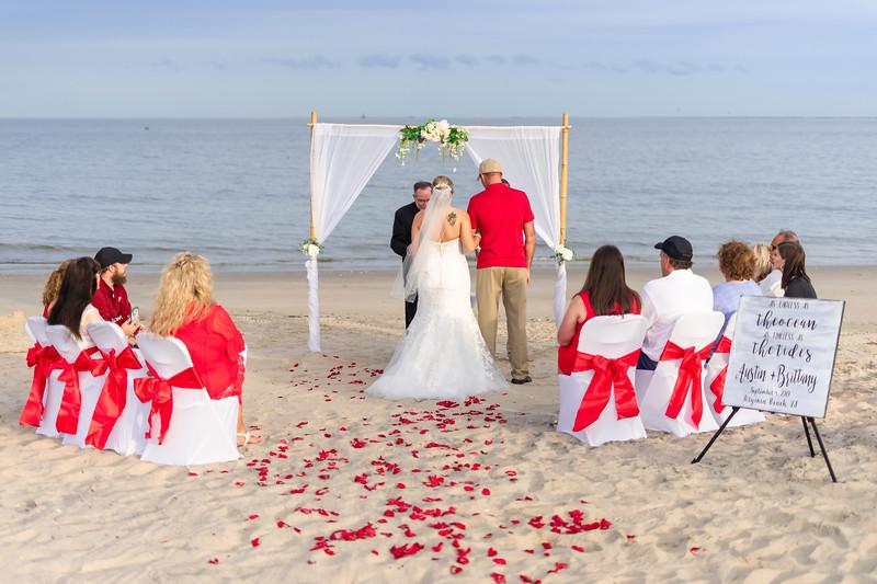 VBWC BEIL 09042019 Buckroe Beach Wedding Image #23 (C) Robert Hamm.jpg
