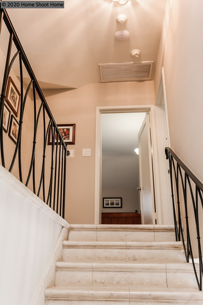 3008_37staircase-continued.jpg