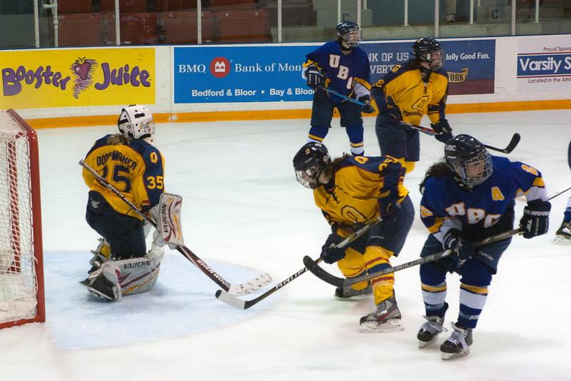 20130310 QWHockeyvsUBC 718.jpg