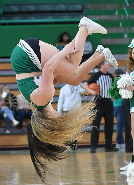 cheerleaders3234.jpg