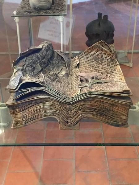 A piece by Fernando Velázquez Vigil at the Ceramics Museum - Kristin Cass
