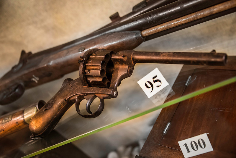 A Deadwood 12 shooter