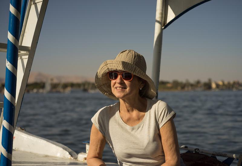 Celia por el Nilo volviendo al west bank