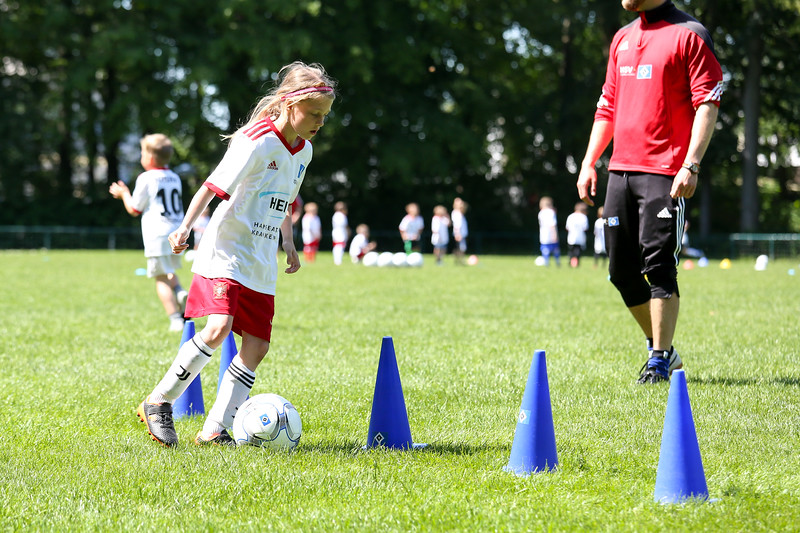 hsv_fussballschule-477_48048025342_o.jpg