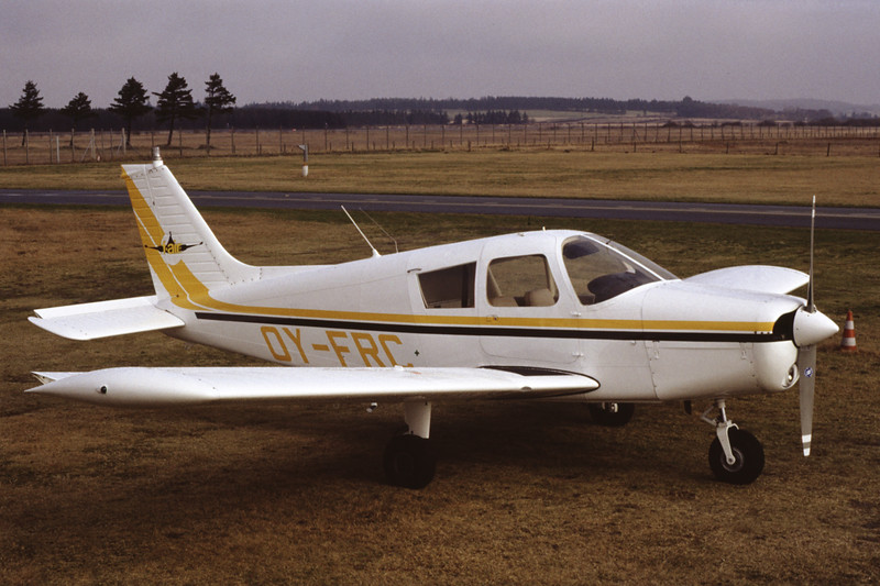 OY-FRC-PiperPA-28-140CherokeeF-Private-EKBI-1991-03-14-DF-33-KBVPCollection.jpg