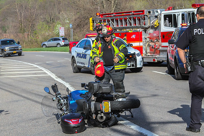 4-23-17 MVA With Injuries, Annsville Circle, Photos By Bob Rimm