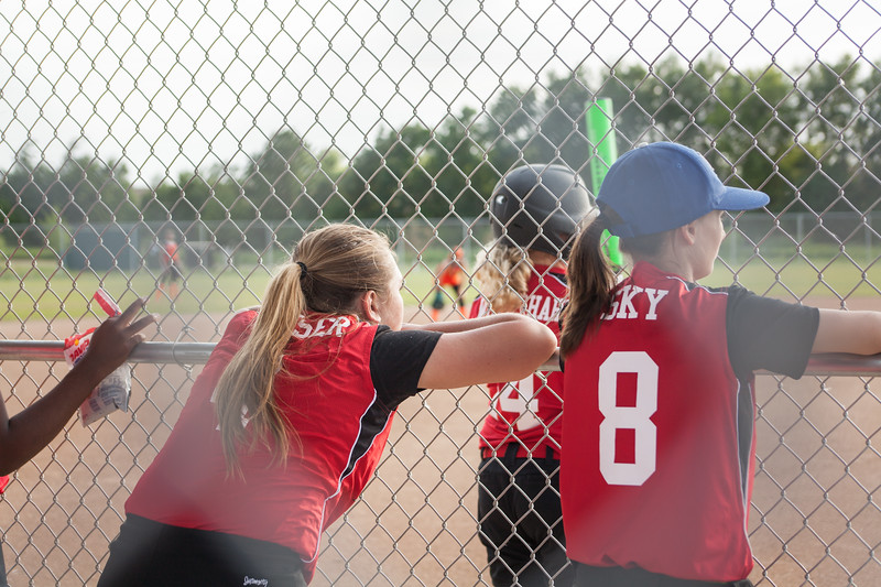 Softball 12u 2017 (121 of 208).jpg