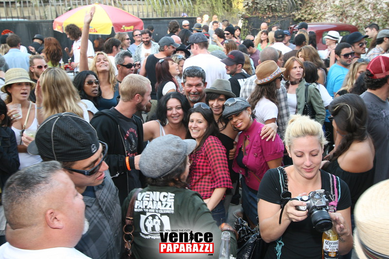 2.  Party at Stronghold 1625 Abbot Kinney Blvd. Venice, CA 90291. Phone (347).JPG
