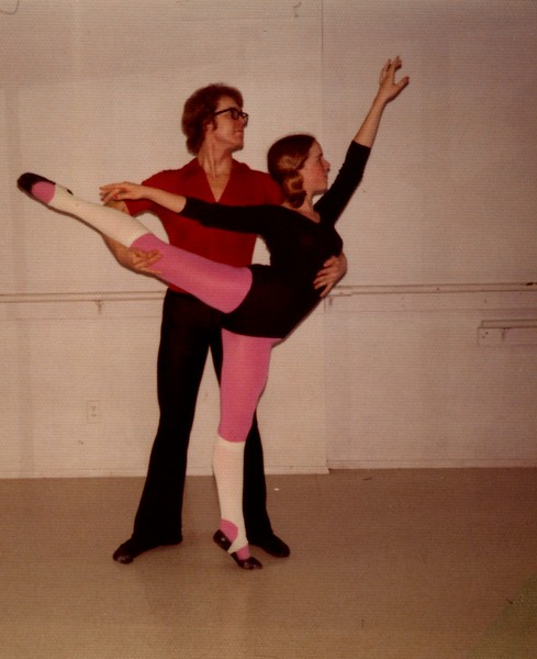 Dance_0101_b.jpg