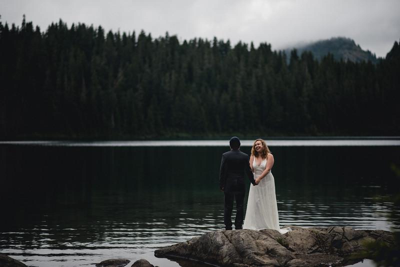 Travel Adventure Wedding Photographer - Mt Rainier - Rose-6.jpg