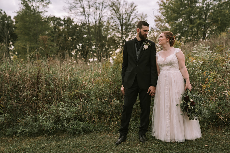rustic_ohio__fall_barn_wedding-302.jpg