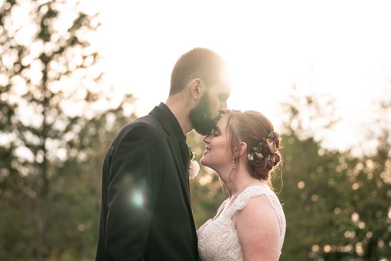 rustic_ohio__fall_barn_wedding-350.jpg