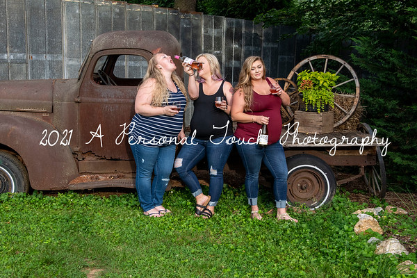 3 best friends maternity session 2021