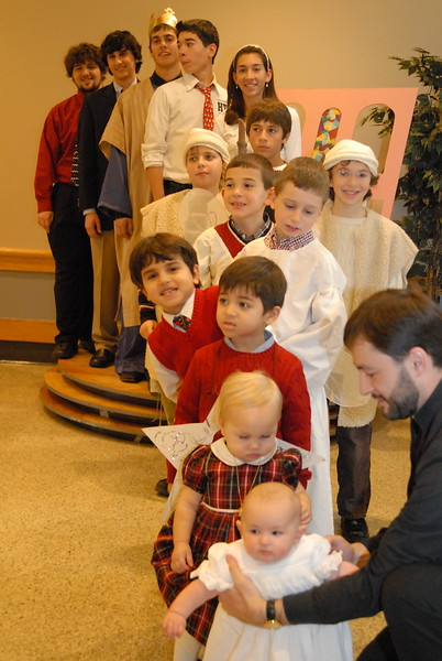 2007-12-16-HT-Christmas-Pageant_135.jpg