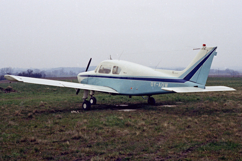 OY-AOW-Beech23Musketeer-Private-Fredericia-1972-N06-37-KBVPCollection.jpg