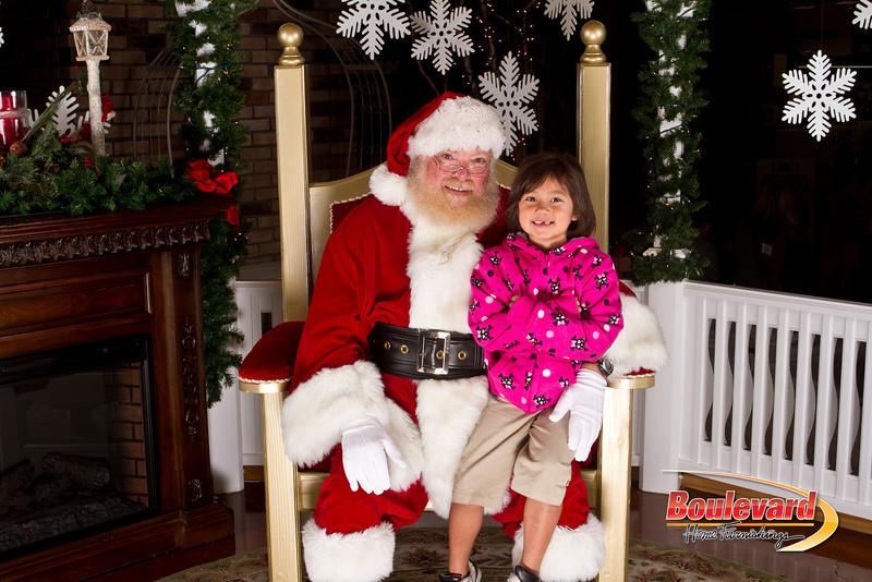 Santa Dec 15-86.jpg