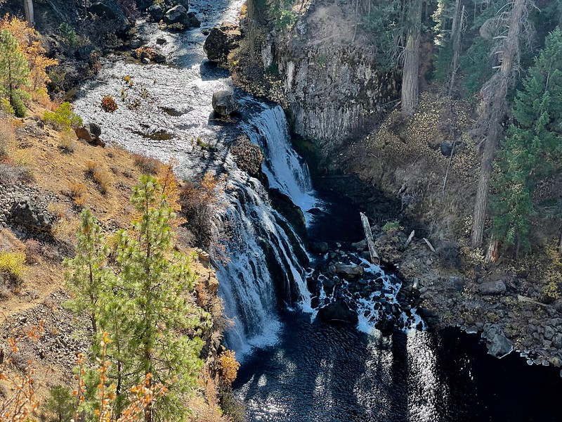 Middle McCloud River Falls