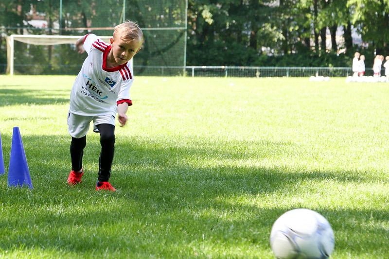 hsv_fussballschule-159_48047950616_o.jpg