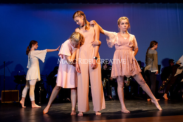 Broughton dance fusion dance rehearsal. November 15, 2019. D4S_0671