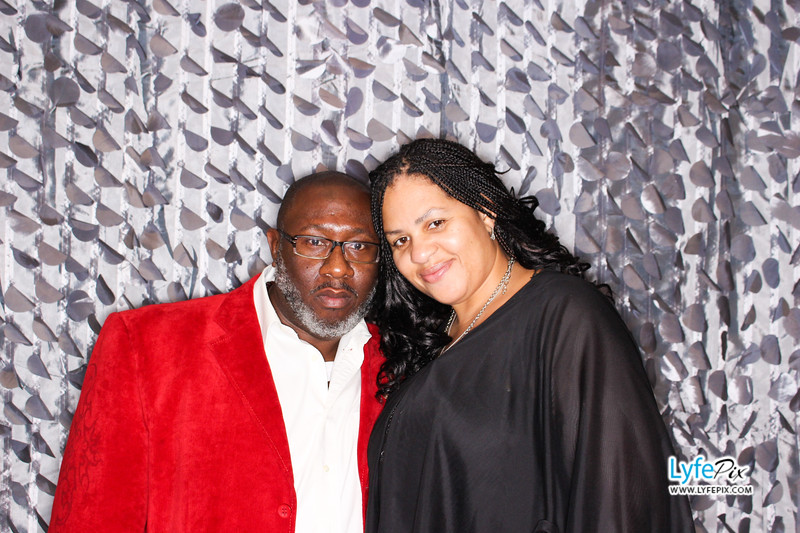 red-hawk-2017-holiday-party-beltsville-maryland-sheraton-photo-booth-0097.jpg