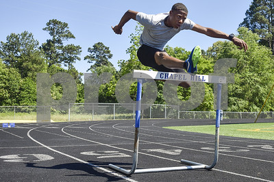 chapel-hills-alfred-sellers-going-to-state-in-hurdles