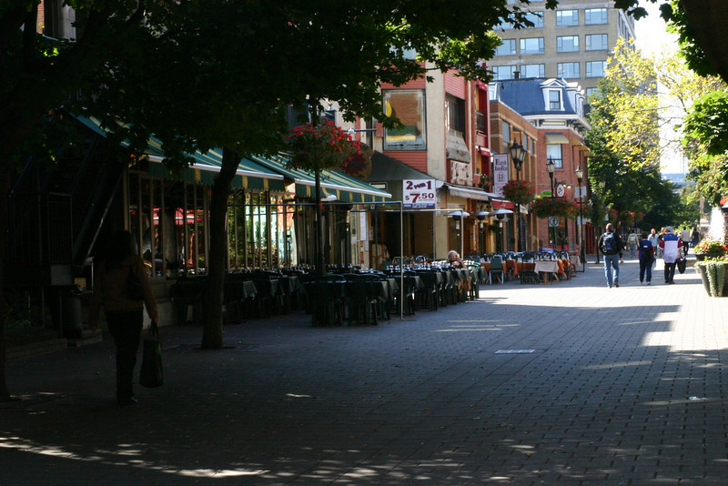 Rue (street) Prince Albert, just a quarter mile of cafes and bistros, all with tables out on the sidewalks.