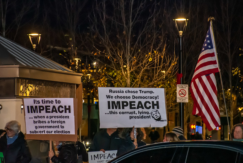 Impeachment eve-Bill Clark-19.jpg
