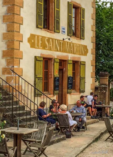 Taking a break, Le Saint Martin