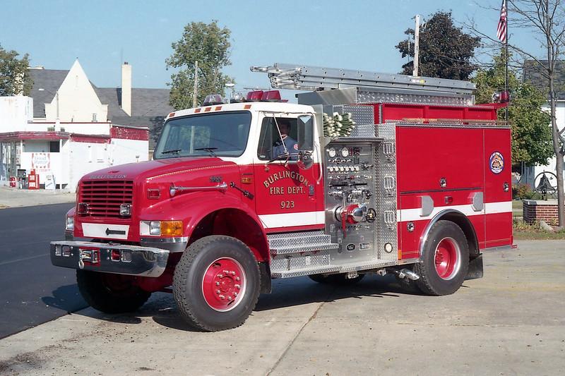 BURLINGTON  ENGINE 923  IHC 4900 - US TANKER.jpg