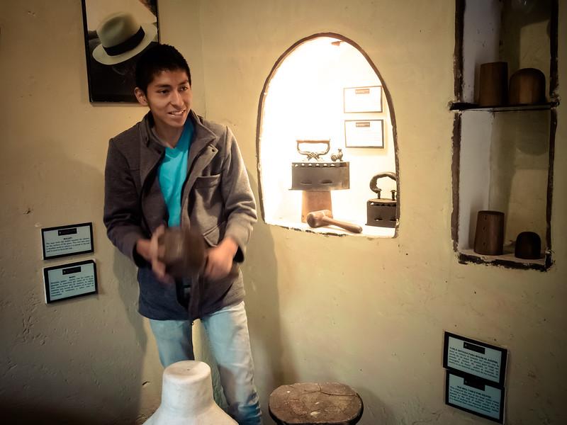 cuenca museum panama hat making.jpg