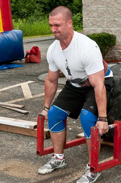 Fitness Revolution Strongman Challenge 2011_ERF3952.jpg