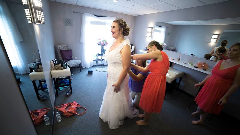 Laura & AJ Wedding (0133).jpg