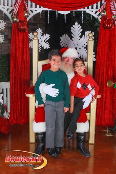 Santa 12-10-16-252.jpg