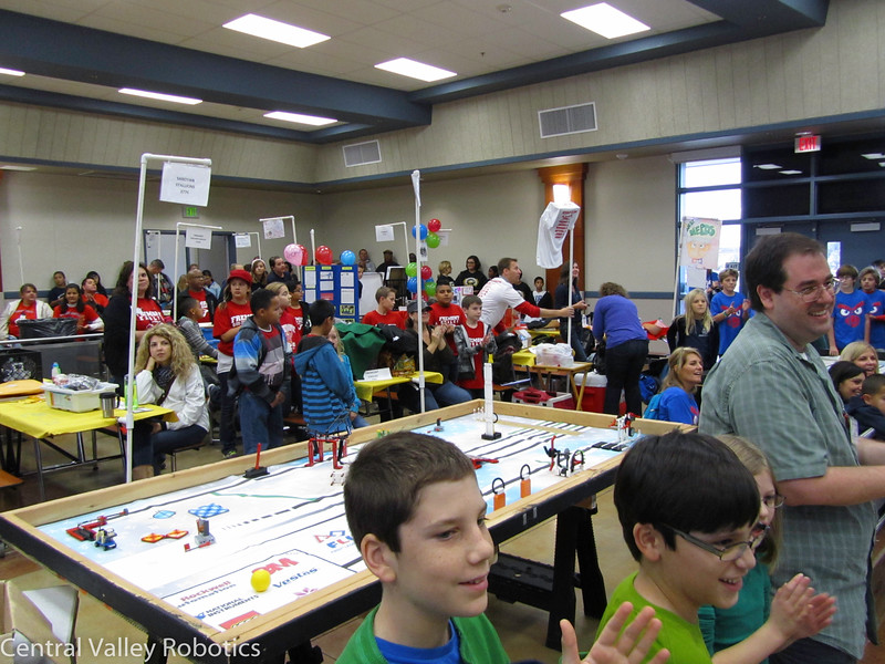 robotics-fll-dec-1-2012-8_10989953694_o.jpg