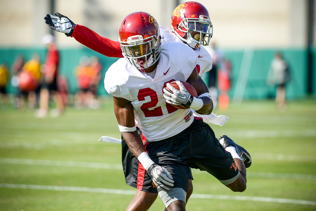 . USC�s Leon McQuay III runs a play during spring practice at USC Tuesday, April 15, 2014.  (Photo by David Crane/Los Angeles Daily News.)