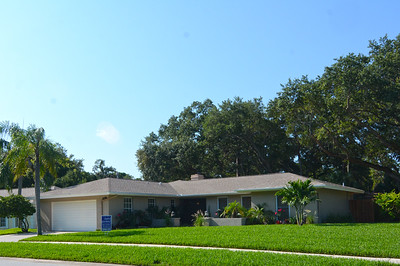 2207 Willowbrook Drive MLS size