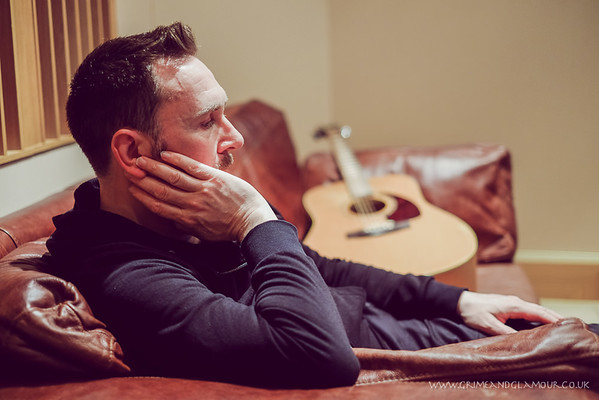 Andy Cairns - Studio