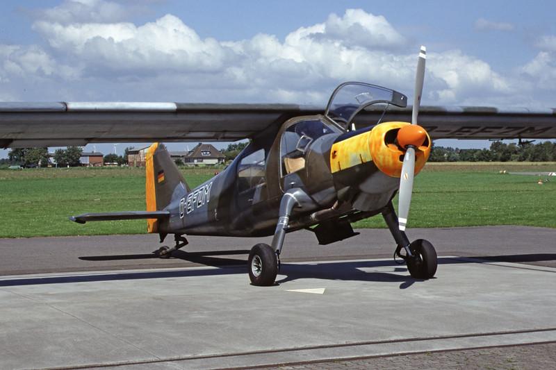 D-EFZM-DornierDo-27A-4-Private-EDXB-2000-07-16-IU-21-KBVPCollection.jpg