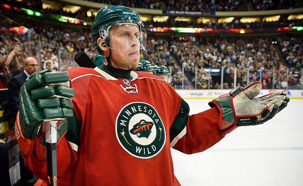 . Minnesota Wild left winger Dany Heatley reacts to a call on the ice in the first period. (Pioneer Press: Ben Garvin)