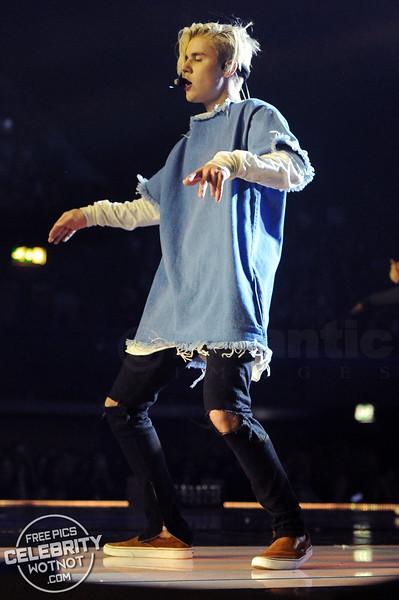 Justin Bieber Rocks In Marques'Almeida Frayed Denim Shirt, London