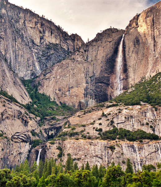 Yosemite - Yosemite Falls Upper-Lower 1.jpg