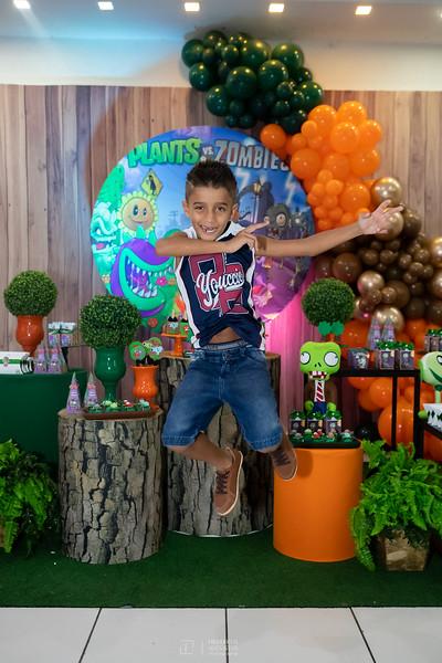 Festa Plants Vc Zombies de aniversário de 8 anos do Davi